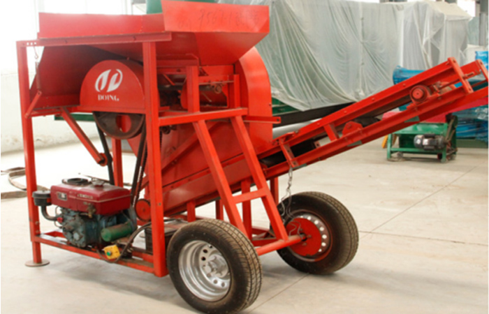 Cassava chipping machine used in flour production